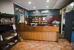 Friendly staff of the BEST WESTERN Hospitality Inn Kalgoorlie